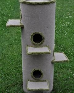 13. drapak 150 cm bezowy z zielonym obiciem_z polkami 150 cm